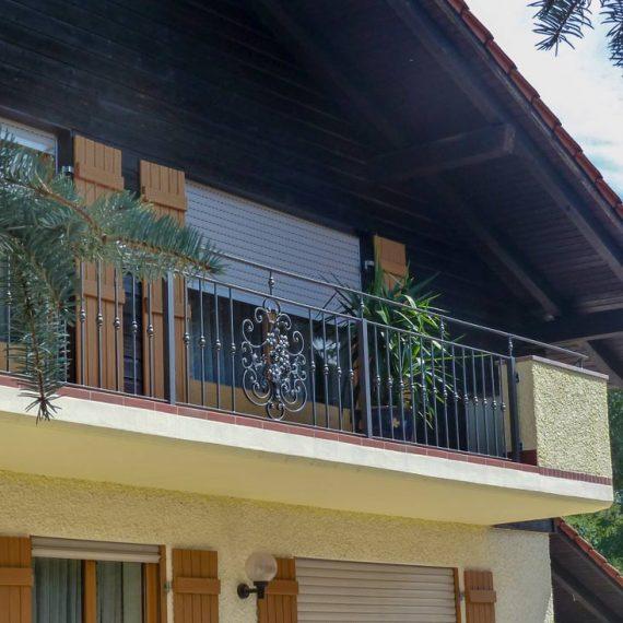 Balkon mit Ornament