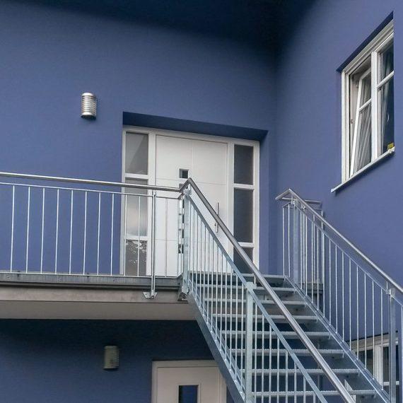 Treppenaufgang mit Podest